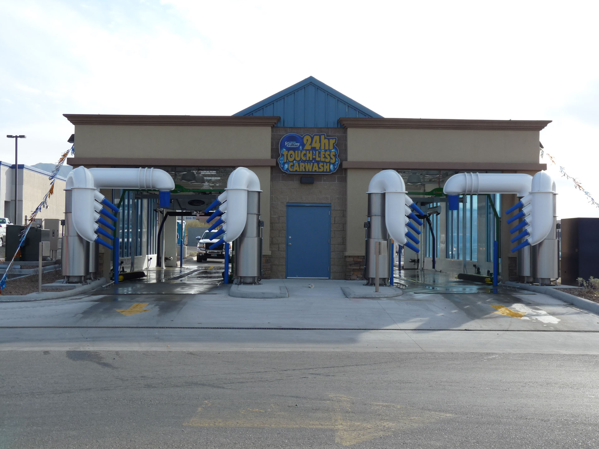 Base Drying Systems - Aerodry Systems   Car-Truck-Train-Bus Dryers   The Quiet Dryers   Broomfield, Colorado, USA